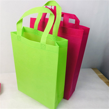 China Shopping Bag Manufacturer Spunbond Non Woven Shopping Handle Bag Tote Bag