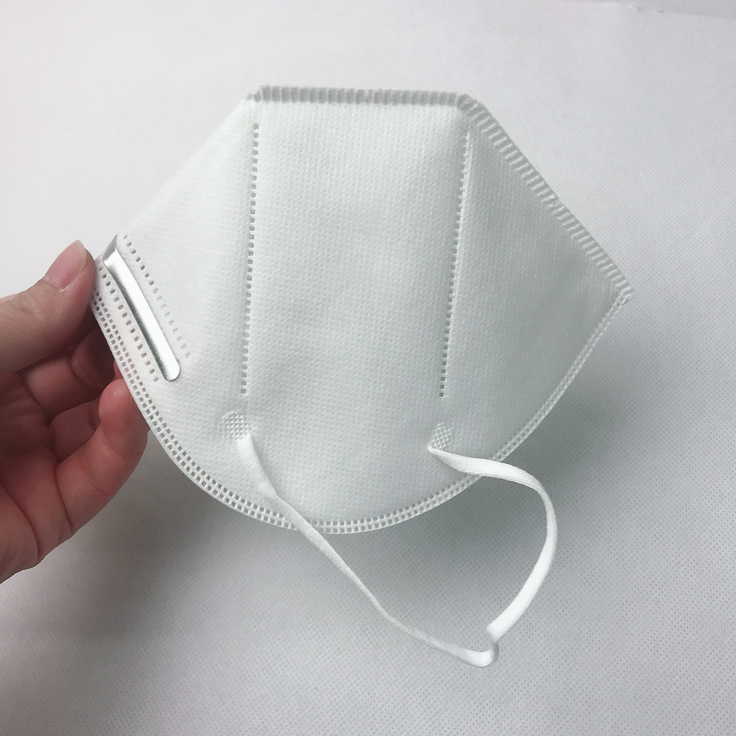 5 Ply Nonwoven Meltblown Face KN95mask 3D Half Face Cover Mask